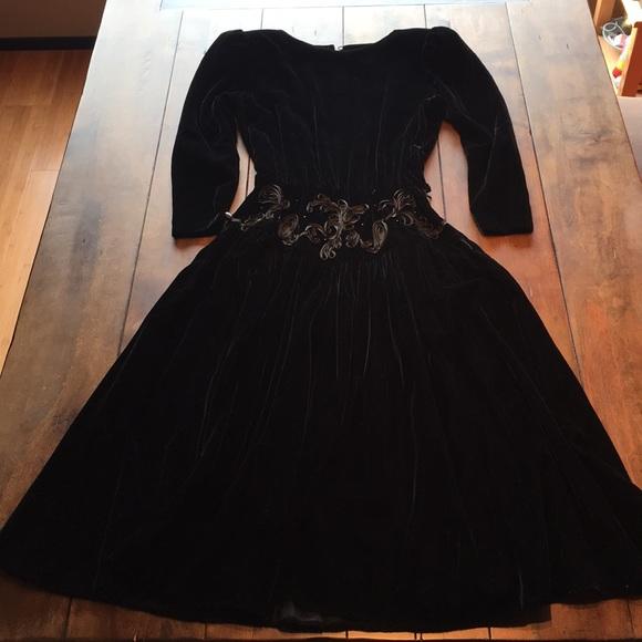 9d4725bd393e Donna Morgan Dresses | Vintage Black Velvet Dress | Poshmark